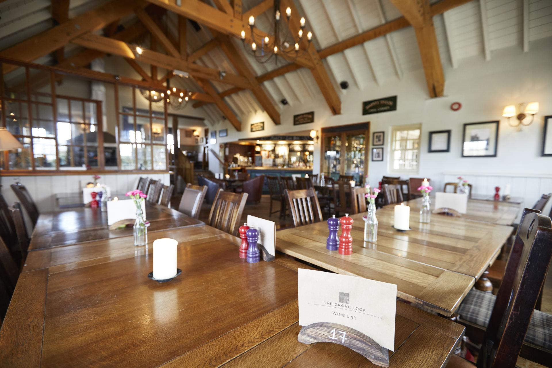 The Grove Lock Fullers Pub And Restaurant In Leighton Buzzard